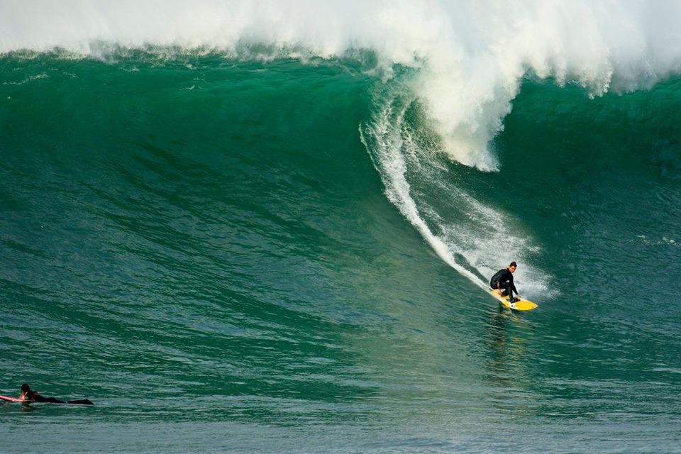 Adrian-Fernandez-Valderrama-Surf-Menakoz