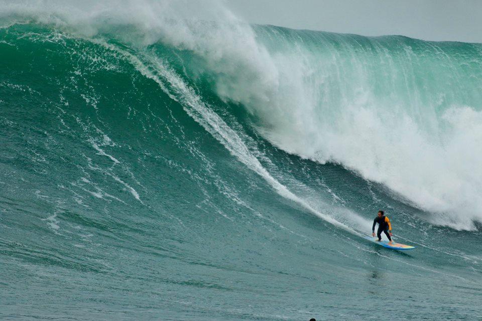 Adrian-Surf-Menakoz