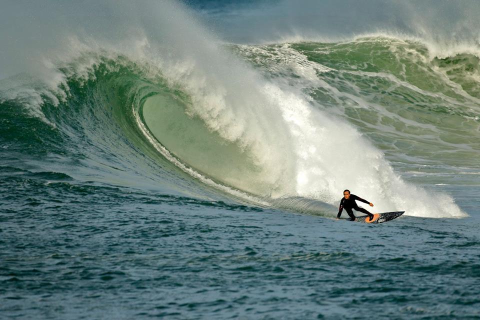 Miguel-Horn-Surf-Menakoz