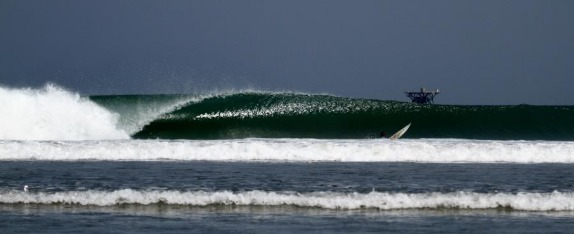 surf-pointbreaks-lobitos