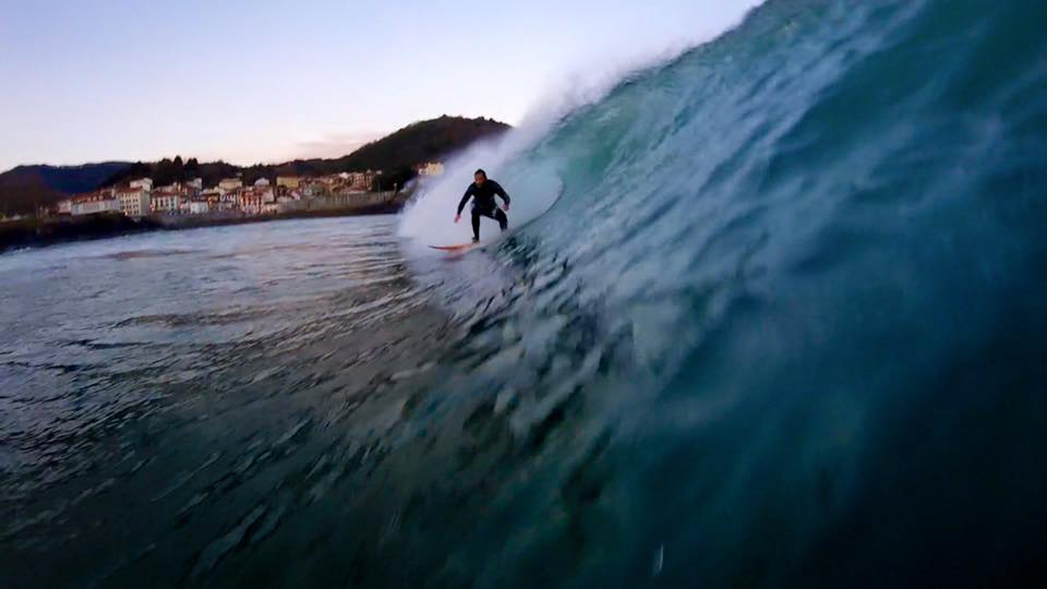mundaka-amanecer-surfing-2