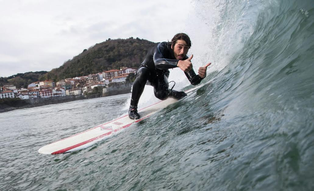 mundaka-happy-surfing-5