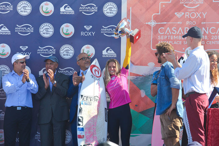 pauline-ado-fra-la-nueva-campeona-de-europa-de-la-world-surf-league-foto-masurel_wsl